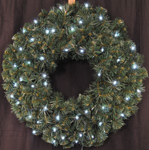 2' Sequoia Wreath Battery Operated with Pure White LEDs