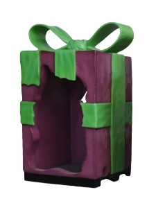 Purple 8' Gift Box with Green Bow, Photo Op