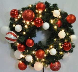 Blended Pine 6' Wreath Decorated with The Candy Ornament Collection Pre-Lit with Warm White LEDs