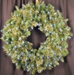 Blended Pine 4' Wreath Pre-Lit with Pure White LEDS