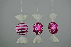7' Fuchsia & White Flat Candy Ornaments 3 Pack